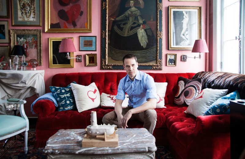 Miles Redd has created an infectious new design aesthetic, defined by his trademark bold and cinematic approach to glamorous but cozy interiors, ...